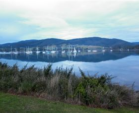 Huon Valley Backpackers - Tourism Guide