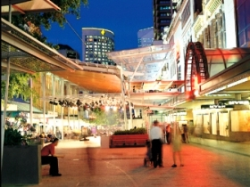 Queen Street Mall - Tourism Guide
