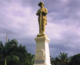Port Douglas War Memorial - Tourism Guide