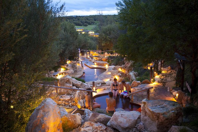 Private Mornington Peninsula Winery and Hot Springs Tour from Melbourne