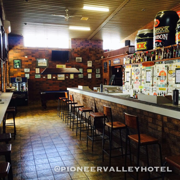 Pioneer Valley Hotel - Tourism Guide